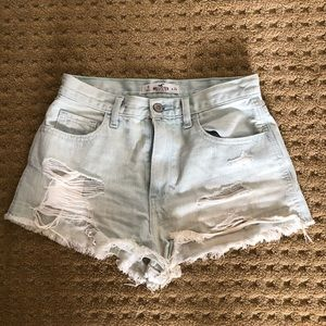 Hollister jean shorts! Perfect for summer!